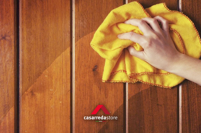 Come pulire i mobili in legno: metodi e prodotti