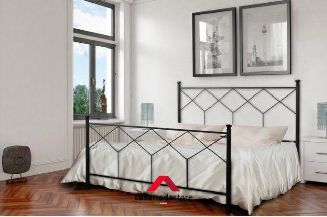 Arredare la camera da letto con un letto in ferro battuto: consigli e idee